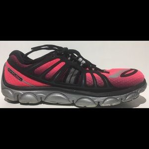BROOKS Women's PURE FLOW 2 Sz 9 Athletic Shoes